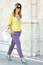 Light-yellow-h-m-sweater-black-sfera-pants-aquamarine-zara-heels