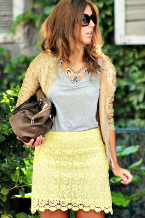 light yellow Zara skirt - gold vintage cardigan - heather gray H&M t-shirt