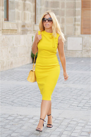 yellow Zara dress - yellow Zara bag - black Stradivarius heels