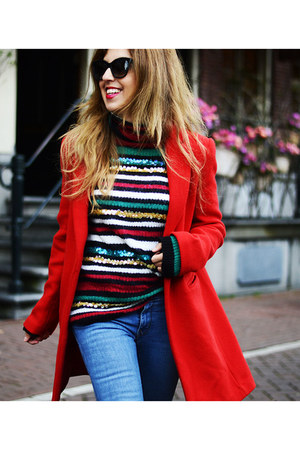 red tintoretto coat
