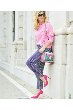bubble gum H&M sweater - teal Jo&MrJoe bag - black Sfera pants
