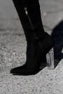Carolina-boix-boots-zaful-blazer-zara-bag-zaful-sunglasses-bershka-skirt