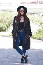 Carolina Boix boots - Topshop jacket - DressLink glasses