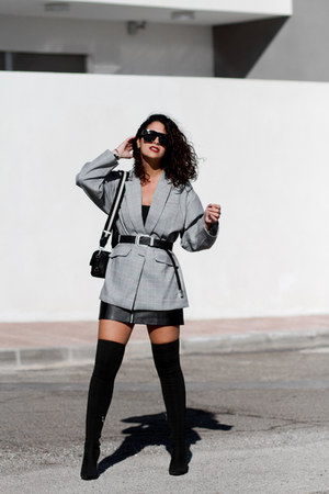 zaful blazer - Carolina Boix boots - Zara bag - zaful sunglasses - Bershka skirt