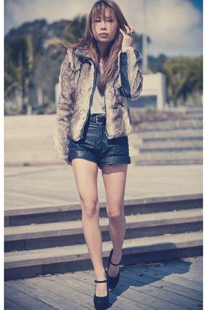 beige Vila coat