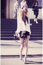 white Schwing schwing shirt - black Jeffrey Campbell wedges
