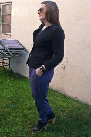 navy Zara pants - black Gap boots