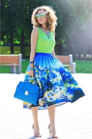 sky blue Chicwish skirt - chartreuse Incity top