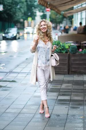 neutral Zara pants - light pink Topshop top