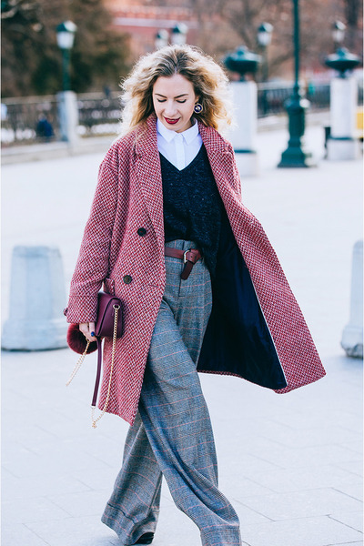 brick red Promod coat - gray Zara pants