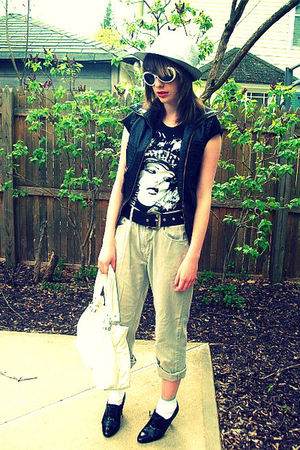 thrifted pants - t-shirt - Marshalls vest - nyc vendor hat - Icing purse - thrif