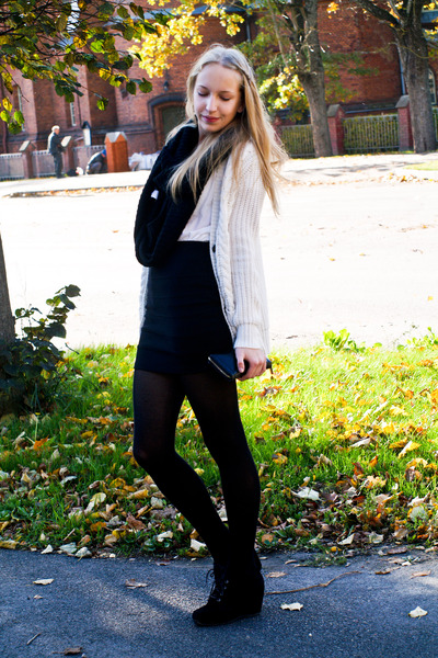 black Vero Moda scarf - black vagabond wedges - cream Zara cardigan