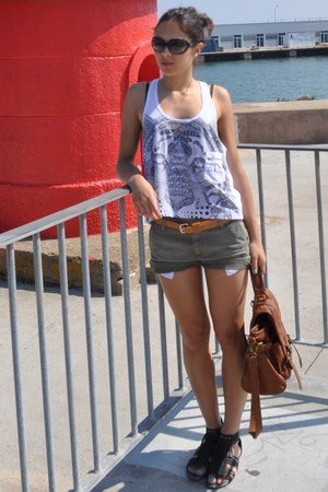 brown BLANCO bag - light brown Carhartt shorts - black D&G sunglasses - black Lo