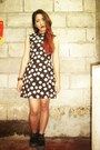 Black-gladiator-thrift-store-shoes-black-daisy-printed-thrifted-dress