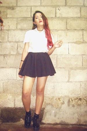 shirt - black shoes - black skirt