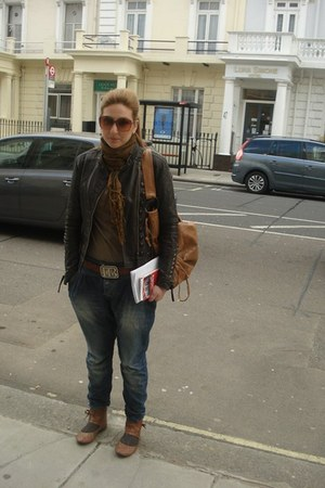 dark brown vintage jacket - navy Zara jeans - burnt orange Rinascimento bag
