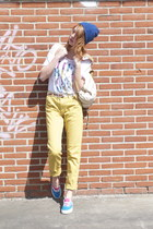 blue beanie hat - yellow Weekday Jeans jeans - white The Beat Goes On t-shirt
