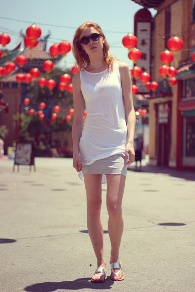 white Nicole sandals - white Moss Copenhagen top