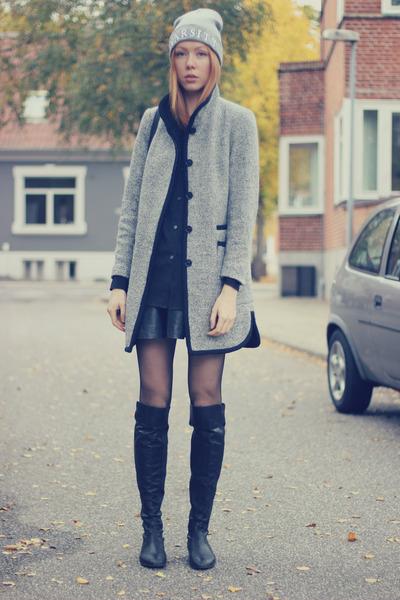 heather gray Zara coat - silver varsity Primark hat