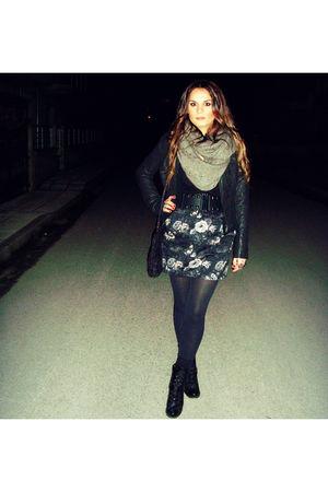 black Stradivarius jacket - blue Stradivarius skirt - gray H&M scarf - black Zar