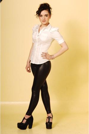 black black snake American Apparel leggings - white puff sleeve H&M shirt - Jeff