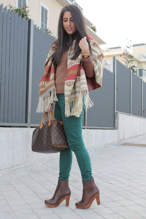 crimson boots - forest green pants - burnt orange cape