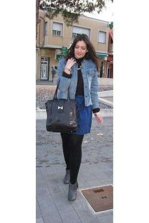 Zara jacket - gray Mustang boots - black Stradivarius sweater