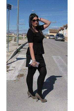 black Calzedonia tights - silver swarovski bag - camel Stradivarius heels
