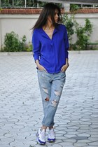 H&M blouse - Zara jeans - nike sneakers