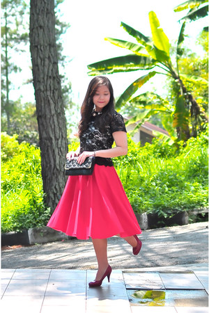 black cropped lace Emily Clothing blouse - red midi Lolliestories skirt