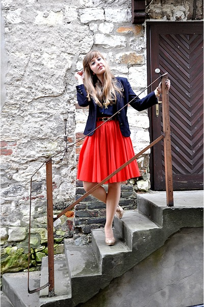red poppy River Island skirt - navy cotton reserved blazer