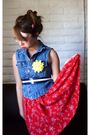 Blue-secondhand-vest-red-vintage-dress-white-vintage-shoes-black-forever-2