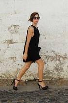 black ankle strap Bershka dress - black dress sunglasses - black Bershka pumps