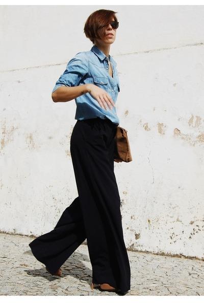 sky blue pull&bear shirt - camel vintage bag - brown Bershka heels