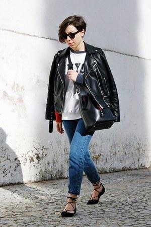 white Tommy Hilfiger sweatshirt - blue pull&bear jeans - black Mango jacket