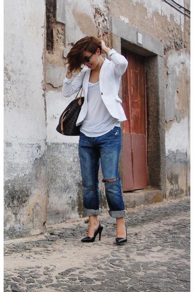 navy boyfriend jeans pull&bear jeans - white white blazer Zara blazer