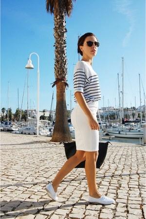 white Primark flats - black Parfois bag - navy Stradivarius top