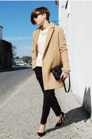 camel Stradivarius coat - black Parfois bag - off white Zara jumper