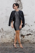 charcoal gray faux leather pull&bear dress - black heels Stradivarius jacket