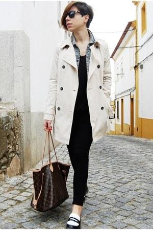 sky blue Mango jacket - tan trench coat - black Pull & Bear jeans