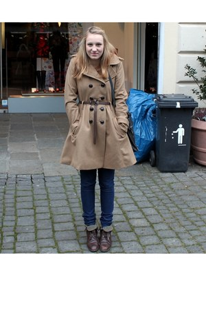 second hand shoes - H&M coat