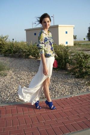 purple Zara shirt - hot pink Mango bag - off white Zara skirt - blue Zara heels