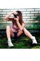 blue Bershka shorts - white Converse shoes - black Ray Ban glasses - pink Topsho