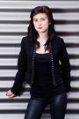 Black-bershka-leggings-black-bershka-jacket-black-dorothy-perkins-shoes