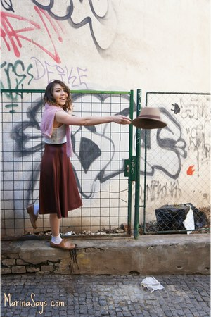 brick red midi Forever 21 skirt - tawny leather Bata shoes