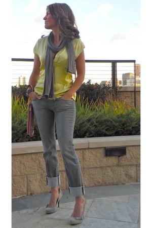 skinny jeans Paige Denim jeans - satin BCBG blouse