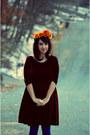 Heather-gray-mary-janes-dolce-vita-shoes-crimson-velvet-vintage-dress