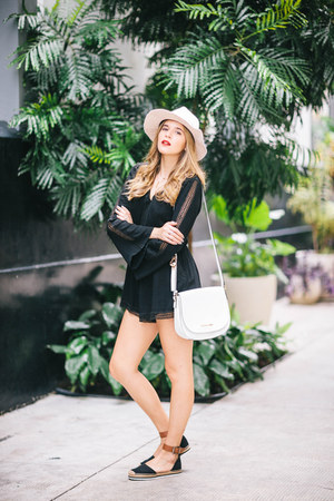 white shoulder bag Michael Kors bag - beige fabric Zara hat