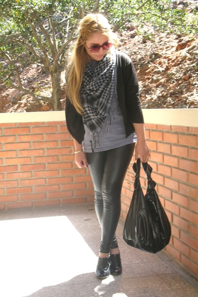 MNG sweater - Zaea tights - MNG purse - shoes - handmade scarf - shirt