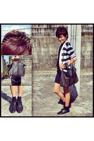 black Forever 21 shoes - gray Mango bag - black DIY shorts
